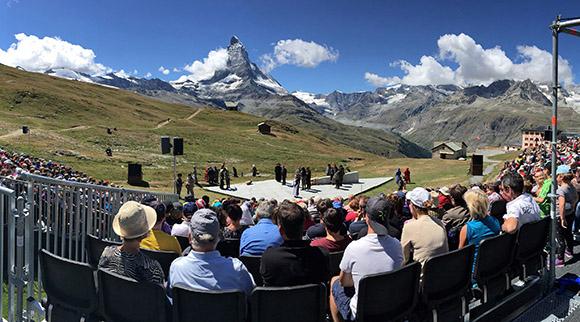 Layher scena Alpių kalnuose